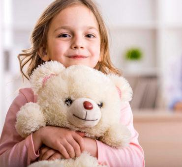 Augenarzt Radolfzell Vorsorge bei Kindern: Diagnosestellungen und Sehtests. Schielen, Schwachsichtigkeit, Fehlsichtigkeit, Kindliches Glaukom, Netzhautschädigungen.